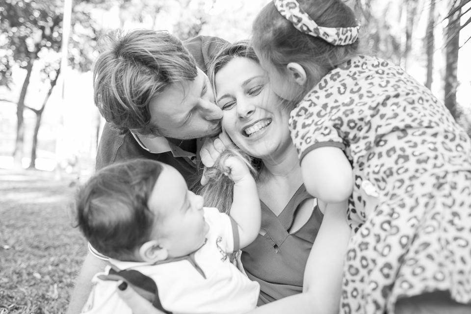 Fotografia de Família Flávia, Lucas, Sophia e Benjamim registrado pela fotógrafa BH Márcia Andrade realizado em Belo Horizonte