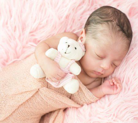 Fotografia de Newborn Bella registrado pela fotógrafa BH Márcia Andrade realizado em Belo Horizonte
